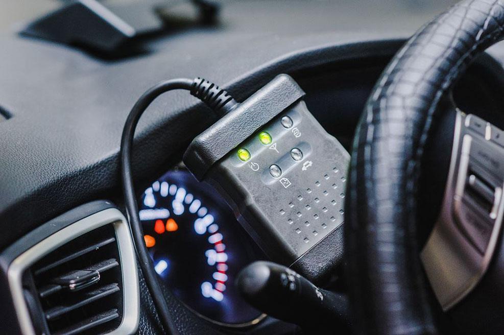 Best Professional Automotive Diagnostic Scanner Reviews – Buying