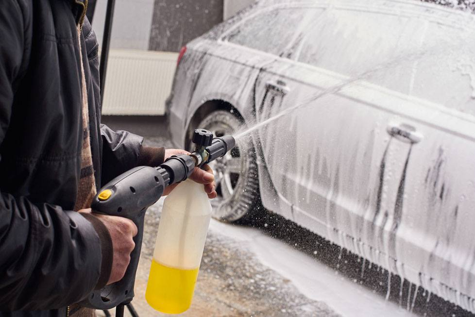 Foam Cannon Soap >> 5 of The Best Foam Cannon to Keep Your Car Sparkling Clean ...