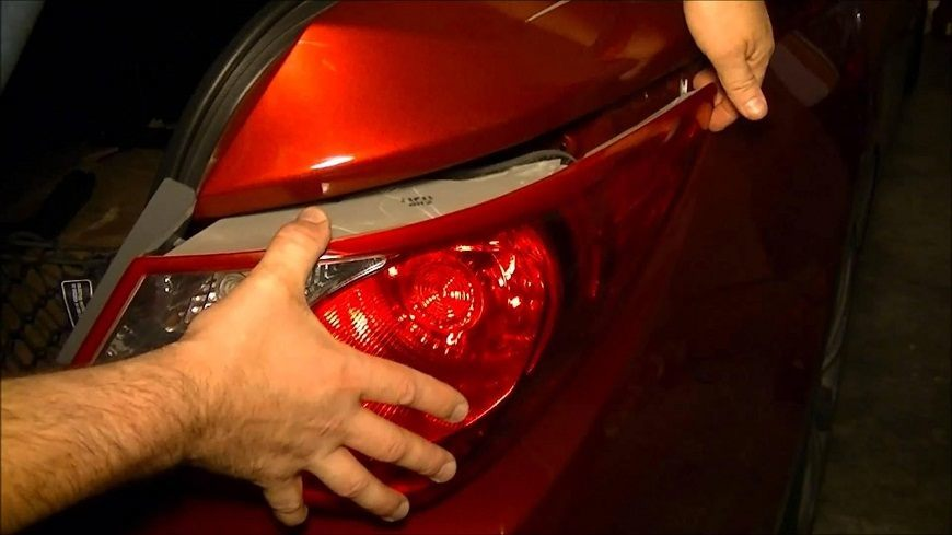 6 Simple Steps on How to Change Brake Light